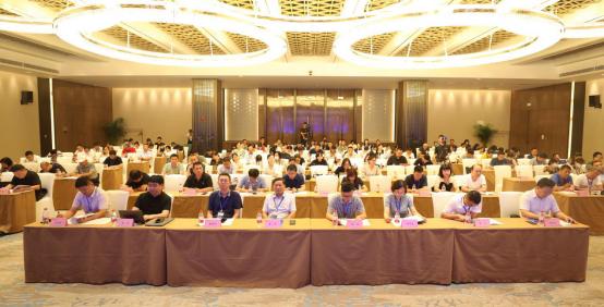 我会会长崔恩杰应邀出席河南省智能建造协同创新联盟成立大会